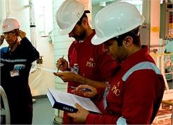 صیانت از نام تاریخی خلیج فارس توسط مرکز کنترل و بازرسی کشتی های منطقه ویژه اقتصادی بندر امام خمینی ره