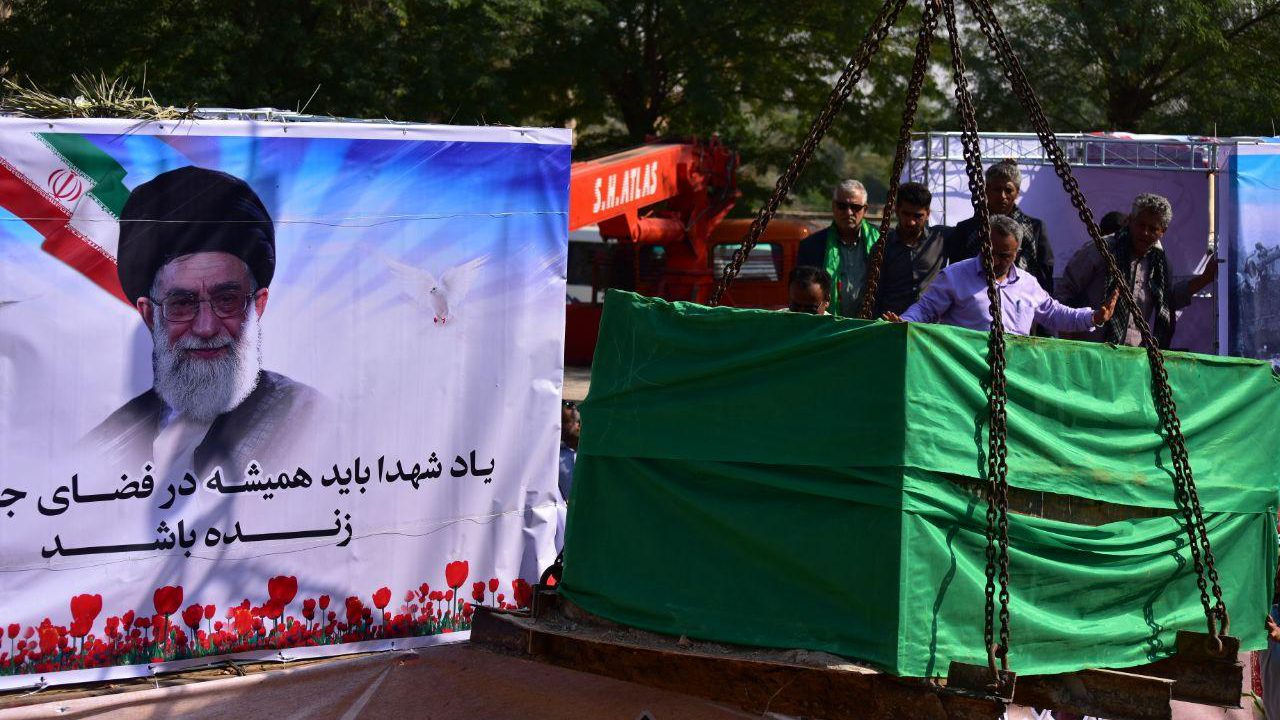 گزارش تصویری از تشییع پیکر شهید محمد زبیدی در بندرماهشهر