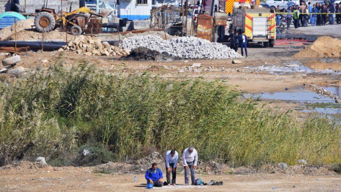 گزارش تصویری از ۲۲ ساعت تلاش بیوقفه برای جابجای هواپیما کاسپین در بندرماهشهر